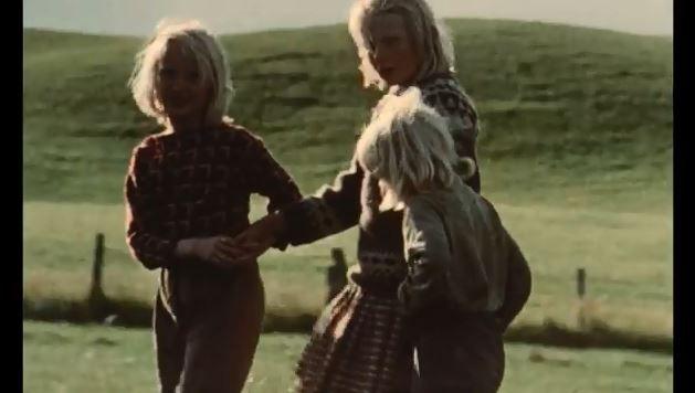 """Capture d'écran de la première image du film """"Sans Soleil"""" de Chris Marker, 1983 (sur YouTube)"""