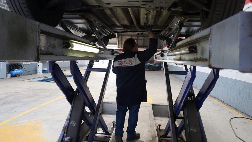 Renault et PSA auraient gonflé les prix de pièces détachées