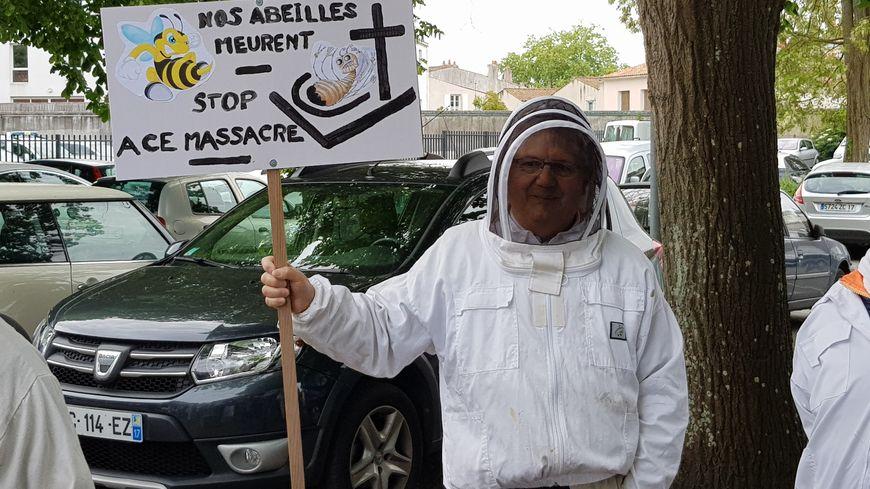 Apiculteur de Marsilly