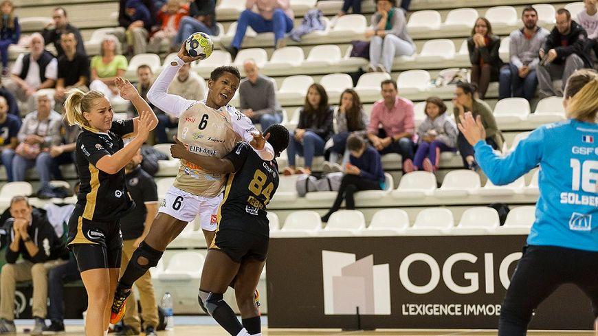 Nely Carla Alberto retrouve la Gironde après son passage à l'UMB-B.