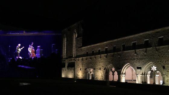 Abbaye de l'Epau au Mans/Bill Frisell et Thomas Morgan le 02 mai 2018