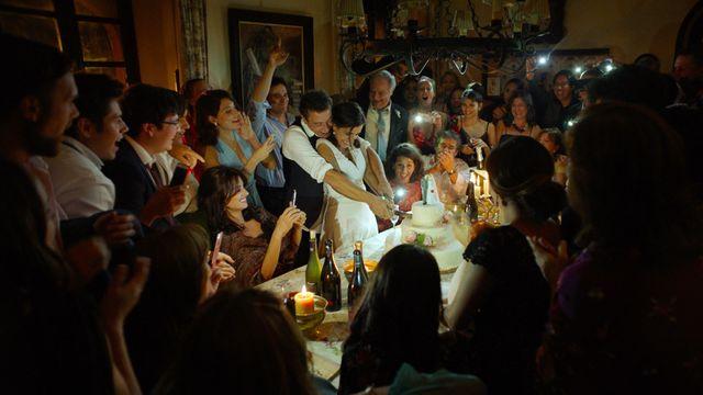 """Sophie Avon : """" je trouve que c'est un film auquel on pourrait donner des adjectifs que d'ordinaire on donne à des vins : il a l'ampleur, il est long en bouche, il décante bien, il est charpenté..."""""""