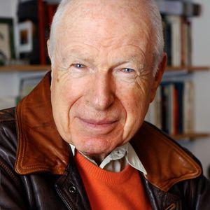 Portrait du metteur en scène Peter Brook réalisé le 07 janvier 2003 au Théâtre des Bouffes du Nord à Paris.