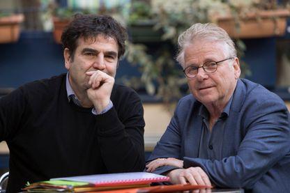 Romain Goupil (à gauche) et Daniel Cohn-Bendit (à droite)