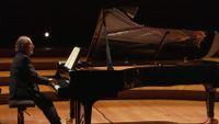 Debussy : Suite bergamasque, Deux Arabesques, Estampes... interprétées par le pianiste Alain Planès