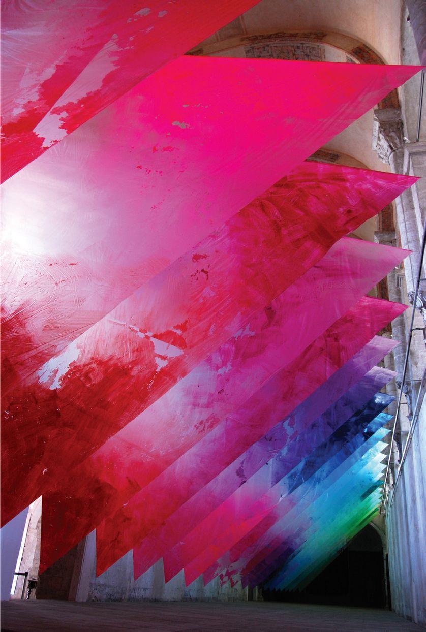 """Exposition""""Iles Urbaines"""", Abbaye du Ronceray, Angers, 2014. Bâche plastiques, peinture acrylique"""