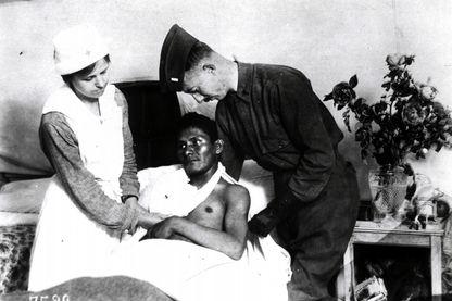 Soldat amérindien, indien chactas, hospitalisé à la croix-Rouge d'Auteuil en 1917-18