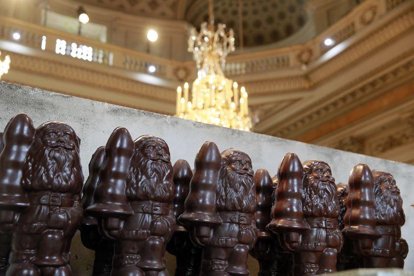 Les plugs en chocolat du plasticien Paul McCarthy