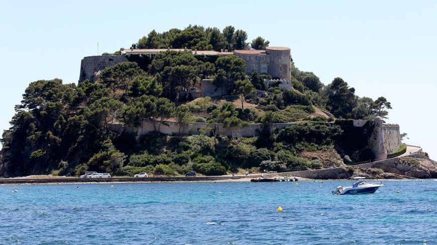 Depuis trois ans, le fort est ouvert au public qui peut le visiter pendant l'été.