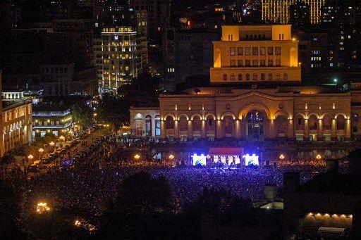 Manifestation de soutien à l'opposition arménienne, hier soir, à Erevan
