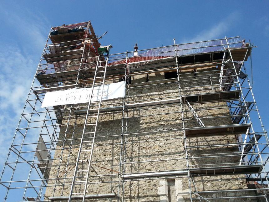 Près de 300 000 euros de travaux de rénovation pour cette partie de toiture.