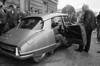 George Pompiddou et sa DS 19 en juin 1969