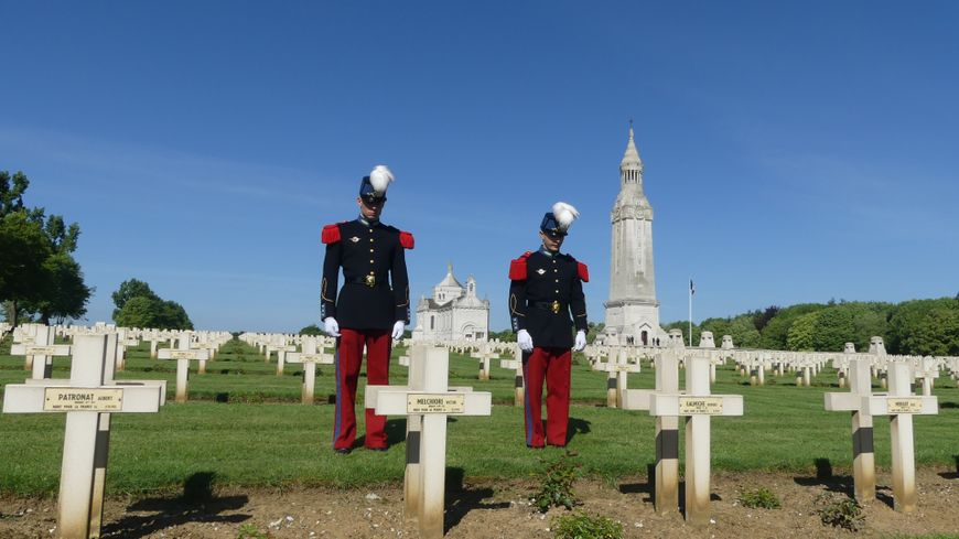 Les élèves officiers de Coëtquidant sont passés par Notre Dame de Lorette