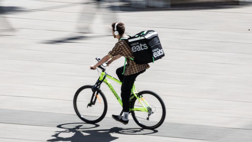 Uber Eats est la troisième plateforme de livraison de repas à domicile qui s'installe au Mans. (Photo d'illustration)