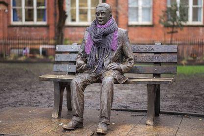 Statue d'Alan Turing à Manchester