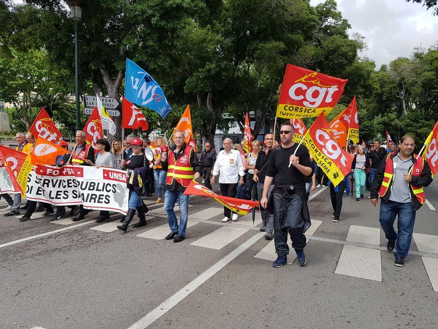Manifestation de l'intersyndicale CGC CFDT CGT FO  FSU UNSA le 22 mai 2018 dans les rue de Bastia  pour la défense des services public