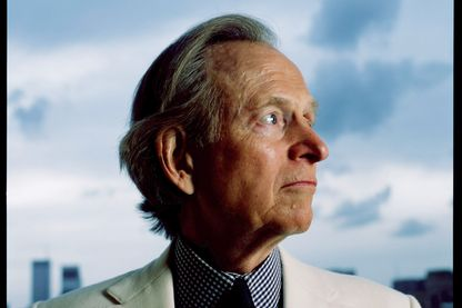 Tom Wolfe en 2004 à New York