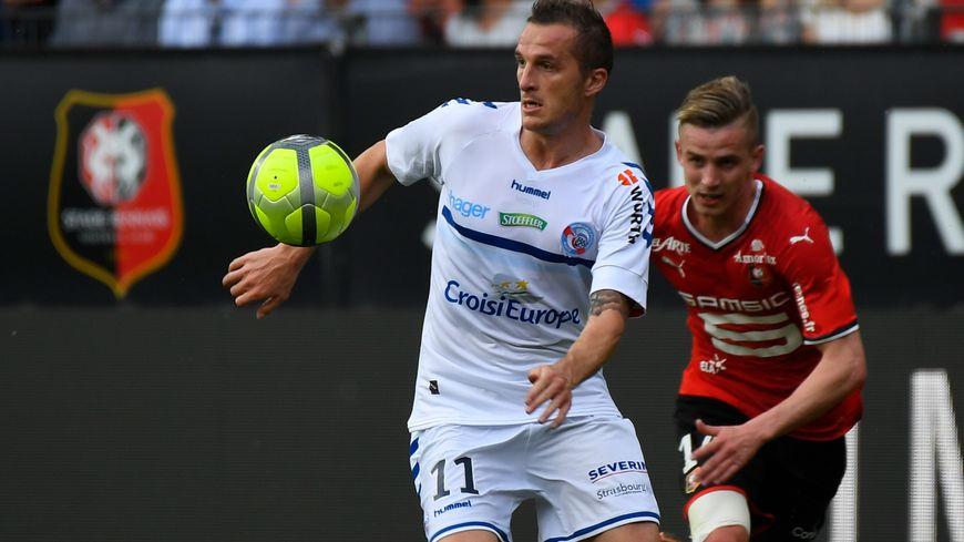 Dimitri Liénard, le milieu de terrain strasbourgeois lors du match à Rennes le 5 mai 2018.