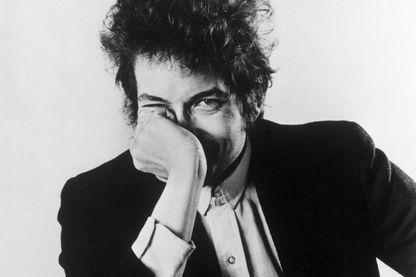 """Bob Dylan lance une nouvelle marque de whisky appelée """"Heavens' Door"""""""