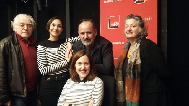 """""""Vous Les Femmes"""", de gauche à droite : Albert Algoud, Flore Philis (DIVA), Daniel Morin, Marie Menand (DIVA), Malka Marcovich"""