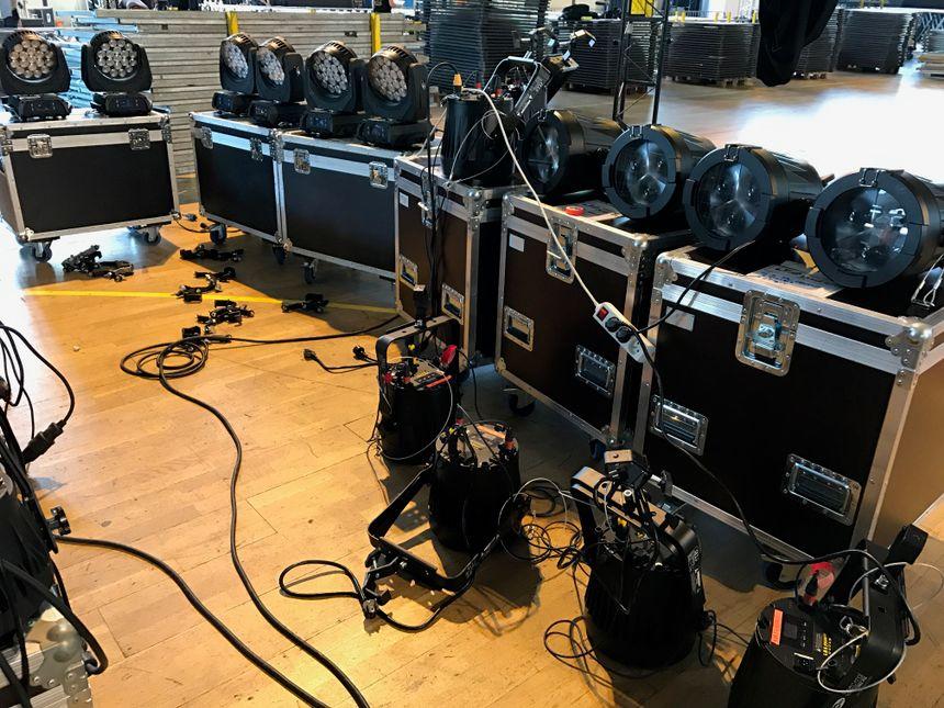 Beaucoup de matériel pour trois jours de festival.
