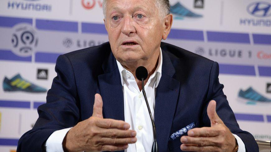 Jean Michel Aulas, le président de l'OL est la cible des supporters marseillais sur les réseaux sociaux