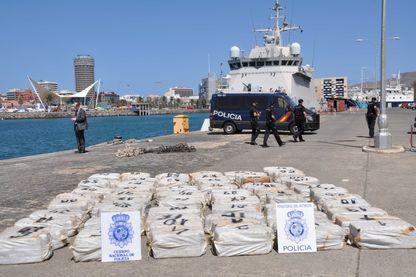 La police du Cap-Vert a découvert près 1,2 tonne de cocaïne a bord du voilier Rich harvest, le 23 août 2017.