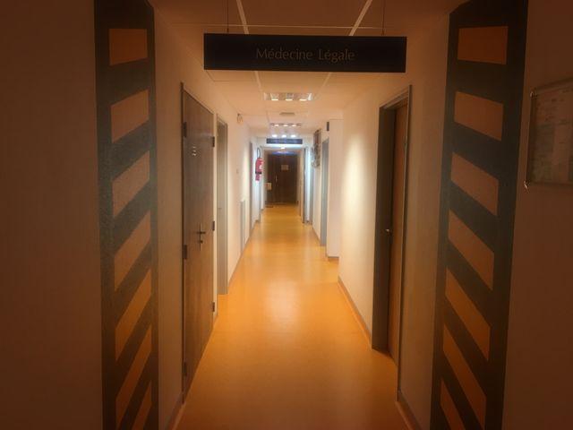 Couloirs du CHU de Poitiers.