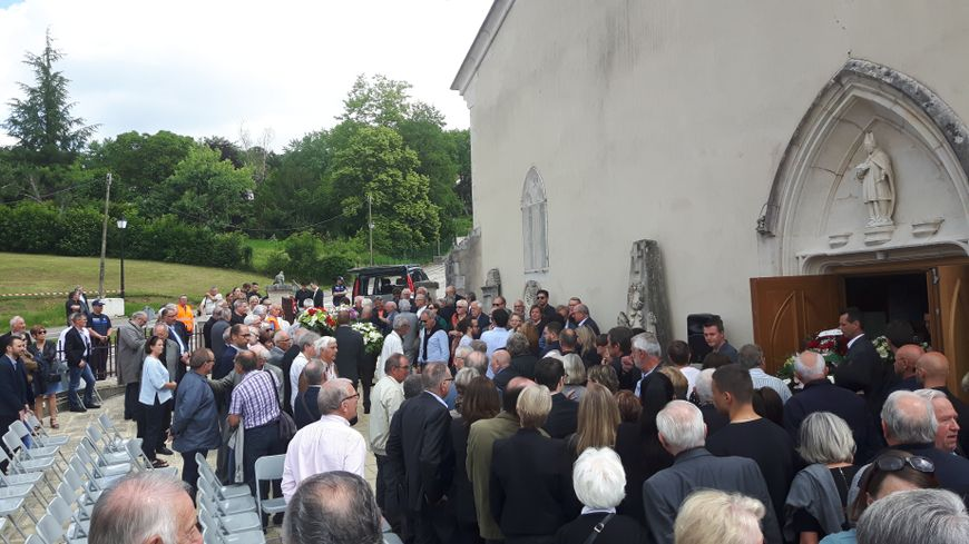 A l'église de Ludres, les obsèques de Roger Piantoni ont réuni beaucoup de monde