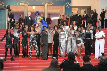 Au Festival de Cannes en 2018, les signataires de Noire n'est pas mon métier sur les marches