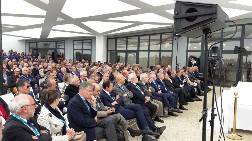 Plusieurs centaines de personnes parmi lesquels de nombreux élus mais aussi des sommités du Tir sportif ont assisté à cette inauguration