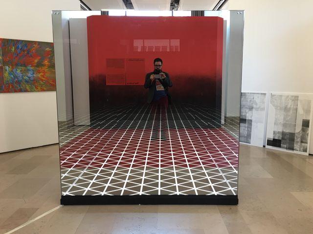 """L'installation """"Your Infinity"""" de Roland Burkart au Salon de Montrouge"""
