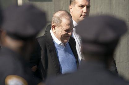 Harvey Weinstein à sa sortie du poste de police le 25 mai 2018
