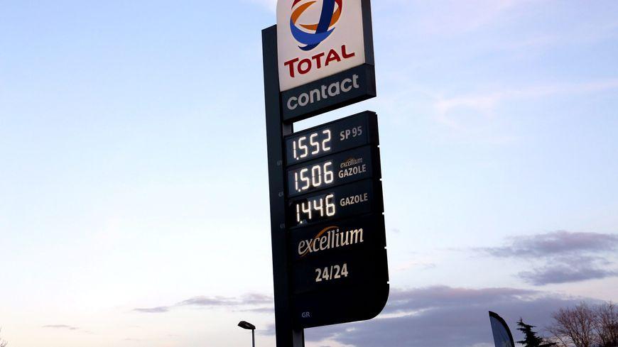 e55013e0022b4b Hausse des prix de l essence   les distributeurs mis en cause par ...