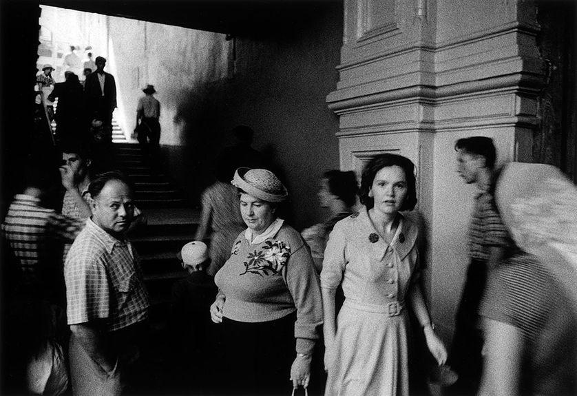 """William Klein, """"Magasin Goum"""", Moscou, URSS, 1959"""