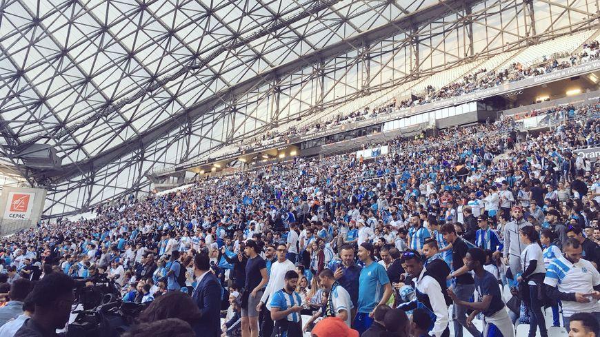Les supporters de l'OM dans le stade Vélodrome.