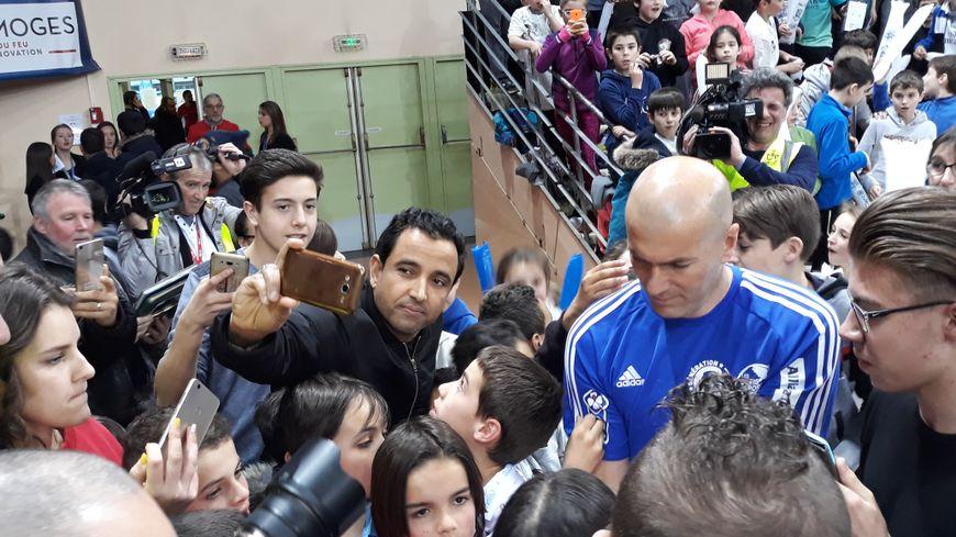Zinédine Zidane lors de son passage à Limoges aux Défis du Sport
