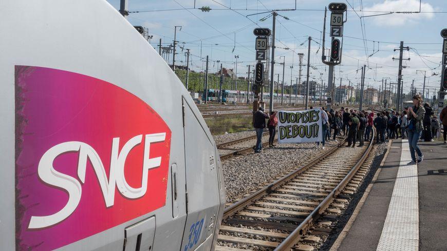 L'intersyndicale va consulter les cheminots du 14 au 21 mai sur la réforme de la SNCF