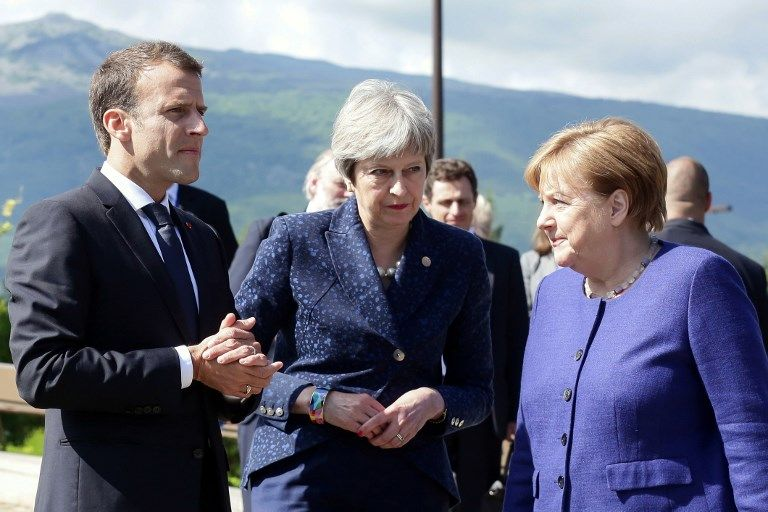 Emmanuel Macron, Theresa May et Angela Merkel, à Sofia hier