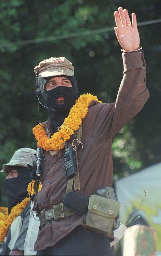 Rafael Sebastián Guillén Vicente, dit « sous-commandant Marcos »,  porte-parole de l'Armée zapatiste de libération nationale (EZLN)