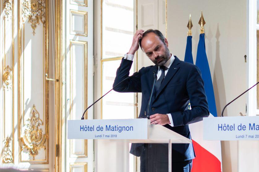 Entretiens du Premier Ministre avec les organisations syndicales et les associations d' usagers, sur la SNCF.