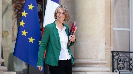 Françoise Nyssen en sortie du Conseil des ministres