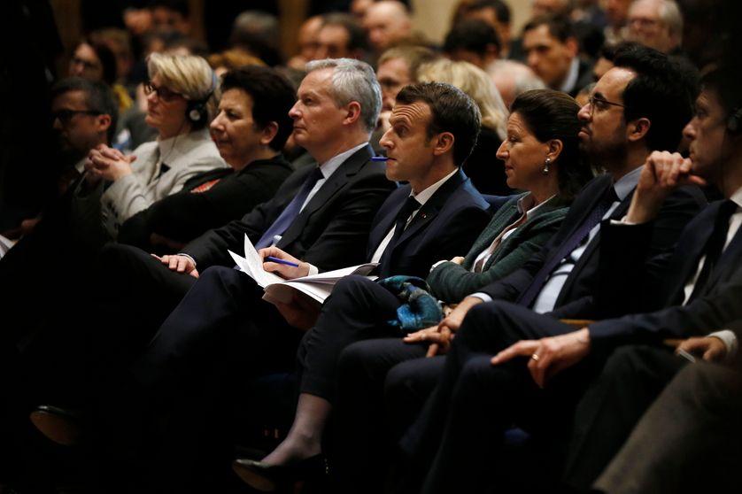"""Emmanuel Macron et ses ministres assistant à l'événement """"Artificial Intelligence for Humanity"""" à Paris le 29 mars 2018"""