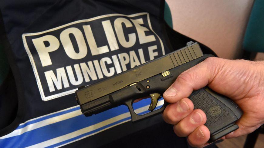 Tous les policiers municipaux de Nancy seront armés cet été