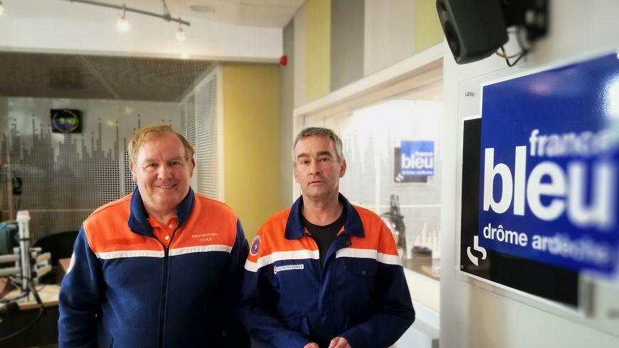 Yvon Joncour et Patrick Vivier de la Protection civile