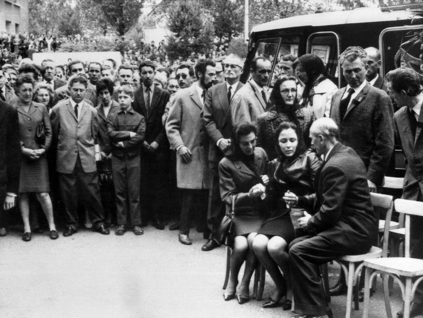 Les obsèques de Pierre Beylot, ouvrier Peugeot tué le 11 juin 1968 à Sochaux.