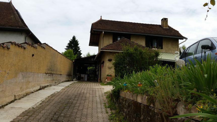 Le domicile de la famille Lelandais à Domessin (Savoie) ce mercredi.