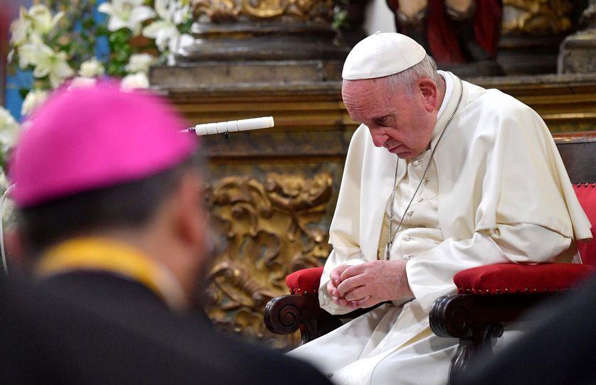 Le pape François a reconnu « avoir commis de graves erreurs d'appréciation et de perception » dans l'affaire de pédophilie chilienne