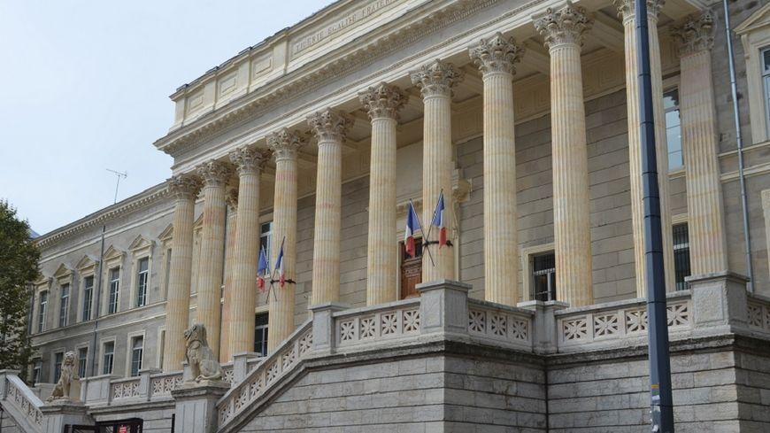 La cour d'assises va juger les trois frères jusqu'à vendredi 15 juin.