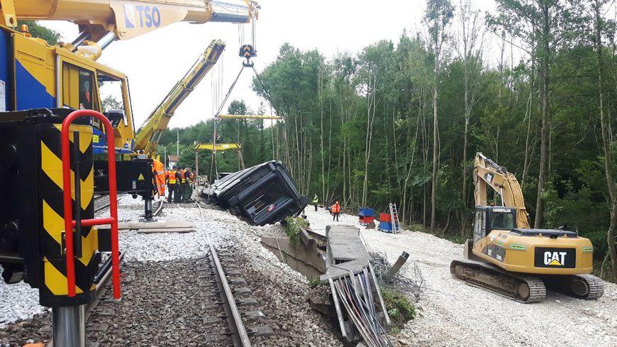 Les travaux suite au déraillement du RER B le mardi 12 juin devraient se terminer mi-juillet